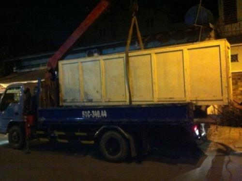 Máy in bạt hiflex được vận chuyển bằng xe tải