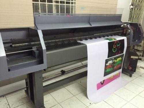 Các porter quảng cáo được in bởi máy in bạt khổ lớn 3.2m