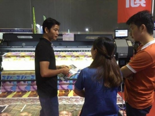 Đến công ty tại Số 6 Đường 34A, Bình Trị Đông B, Bình Tân, TP.HCM nhân viên sẽtư vấn chi tiết từng loại máy in Hiflex cho bạn