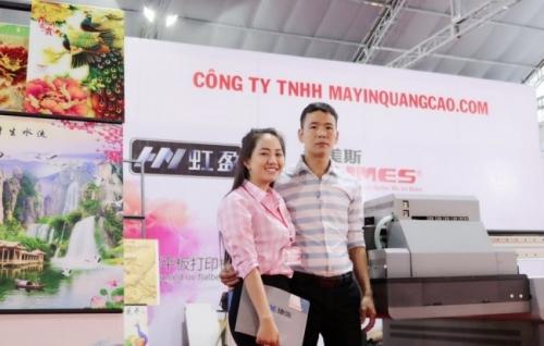 Góp phần làm nên thành công của lần tham dự sự kiện Vietbuild lần này là đội ngũ nhân sự của MayInQuangCao