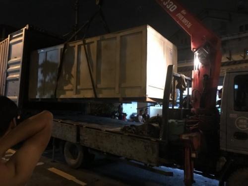 Nguyên kiện máy in decal khổ nhỏ được vận chuyển về tận nơi cho khách hàng của MayInQuangCao